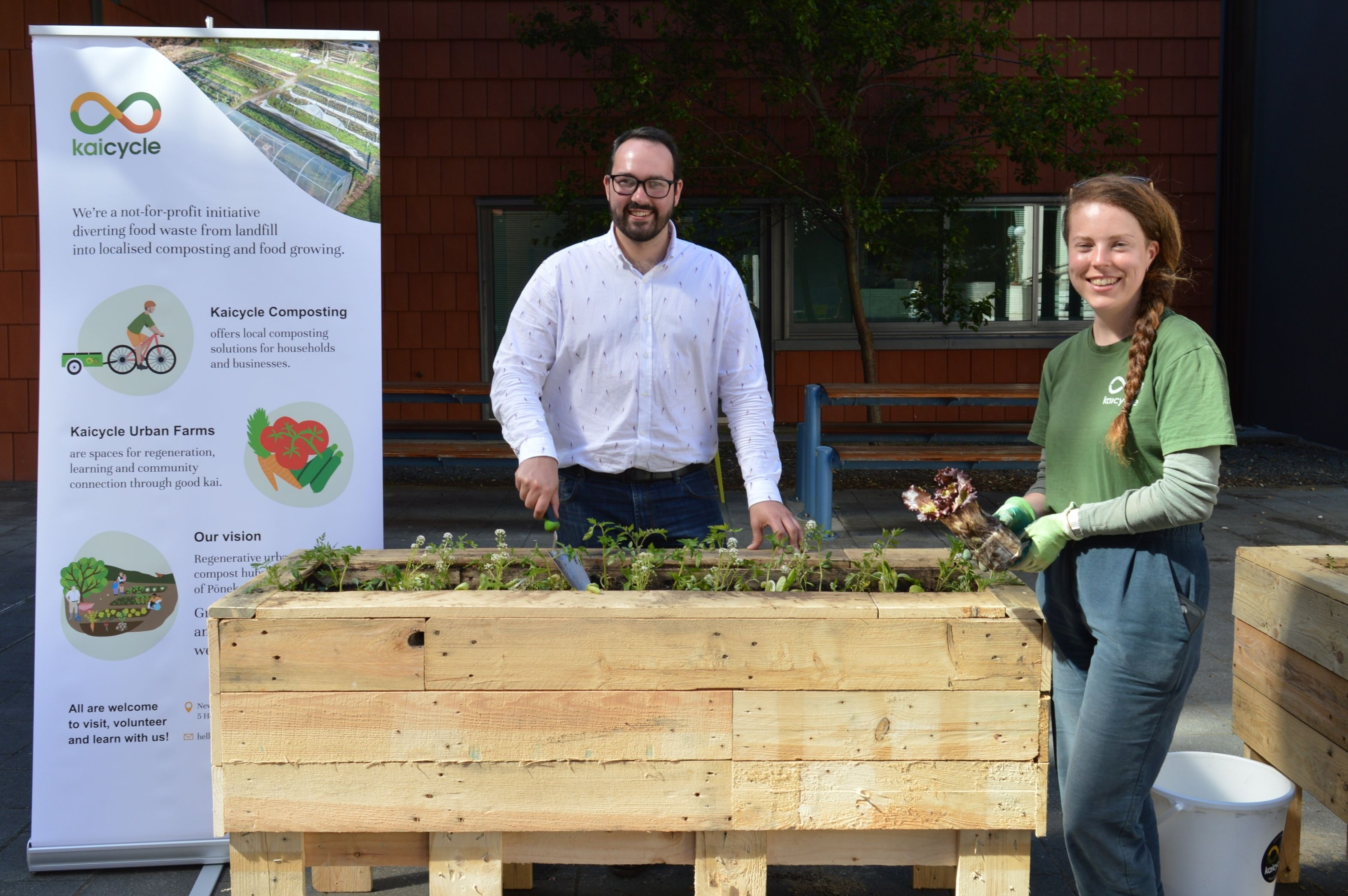 CCDHB sustainability advisor Jay Hadfield and Kaicycle coordinator Kate Walmsley growing their budding friendship with a little light gardening.